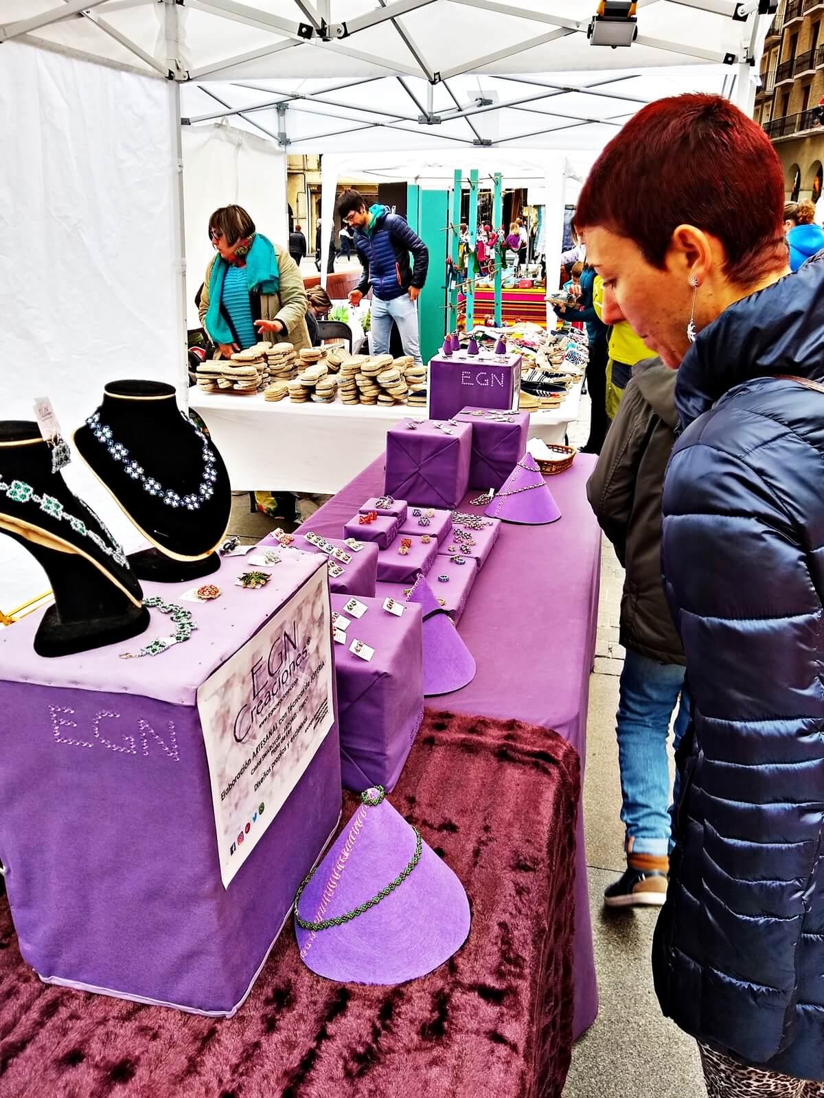 21abr2019 Feria de artesanía de Semana Santa Estella Navarra